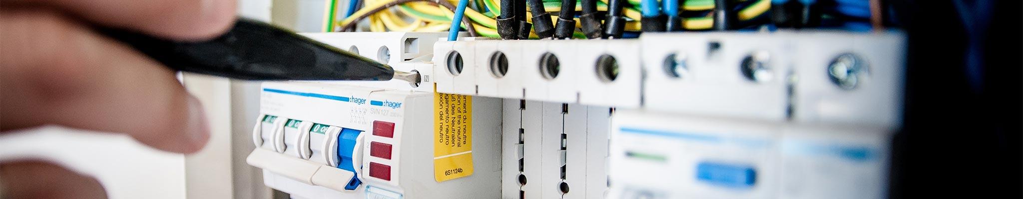 impianti elettrici civili industriali